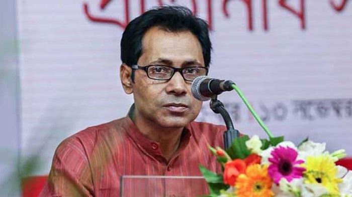Journalist Dipu Hasan dies of heart attack