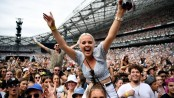Australia fires: Thousands in Sydney for Fight Fire Australia concert