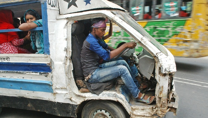 Form taskforces in districts to stop unfit vehicles: HC to govt