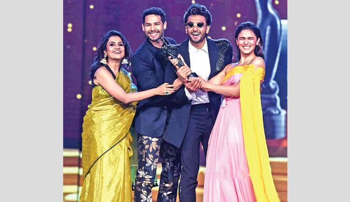 Gully Boy wins big at Indian Filmfare Awards