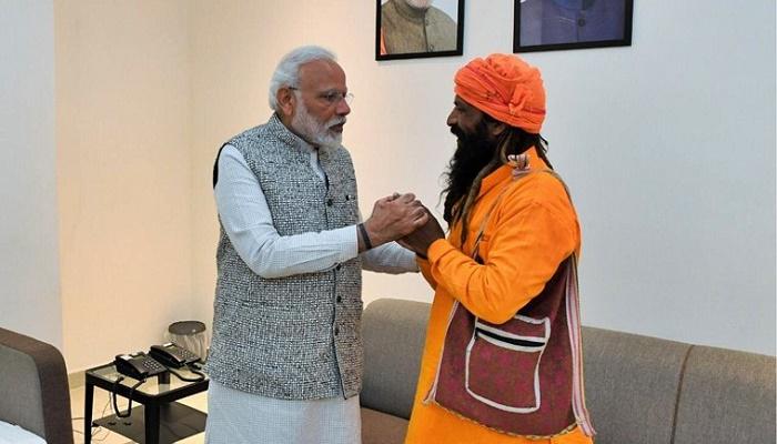 Indian PM Modi meets rickshaw puller in Varanasi who invited him to daughter's wedding