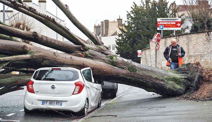 Storm Dennis wreaks  havoc across UK,  parts of France