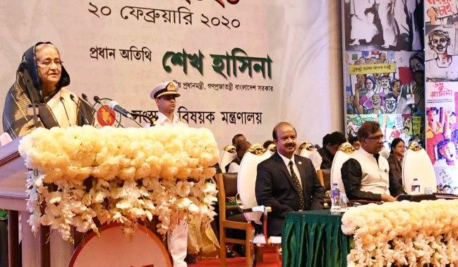 Spread Bengali culture, literature across world: PM