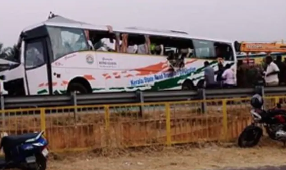 19 dead after container hits bus in Tamil Nadu