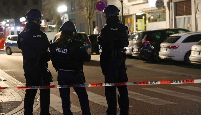 German shooting: Death toll rises to 11