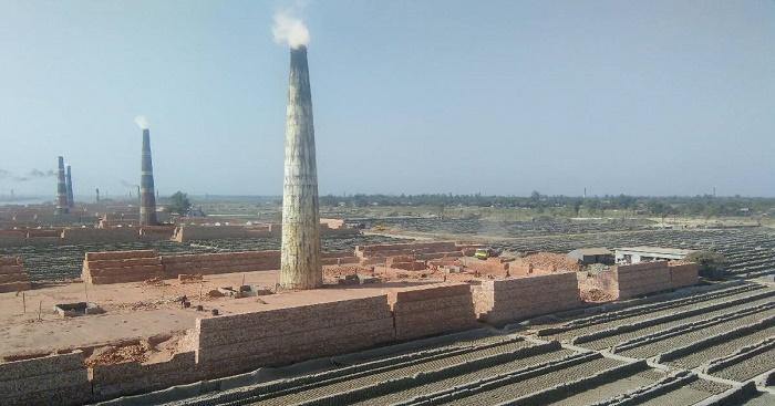 Illegal brick kilns continue operation in Manikganj
