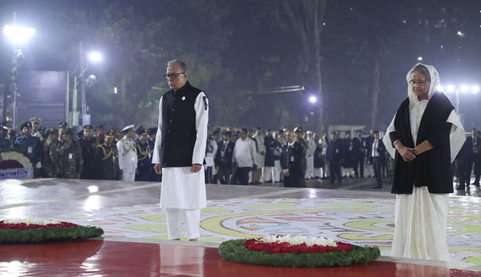 President, PM pay tribute to language martyrs