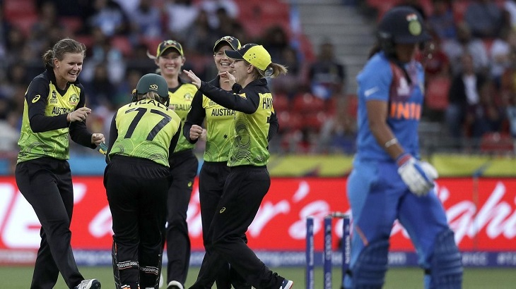 Australia restrict India to 132 in T20 World Cup opener