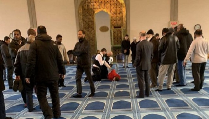 Man arrested after London London Central Mosque stabbing