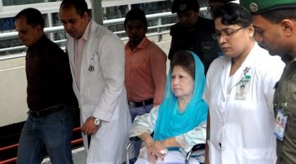 Relatives meet Khaleda Zia at BSMMU