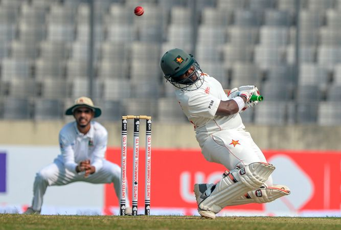 Masvaure's 45 propels Zimbabwe to 80/1 at lunch
