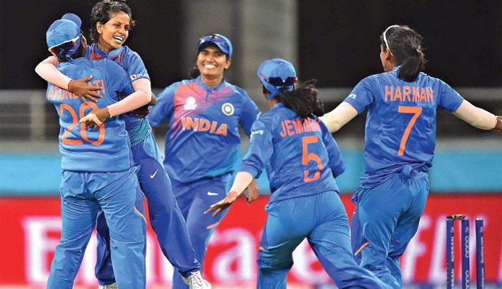 India upset Australia in opening T20 WC clash