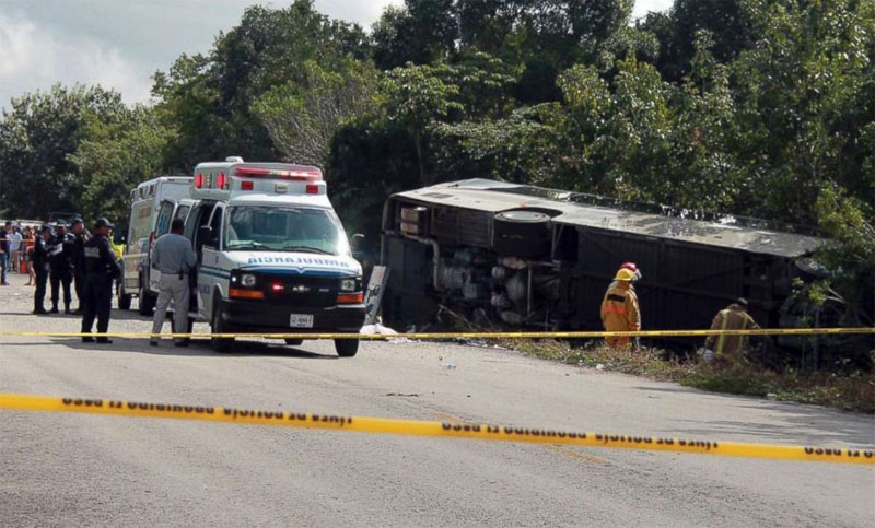 8 killed in Mexico bus crash