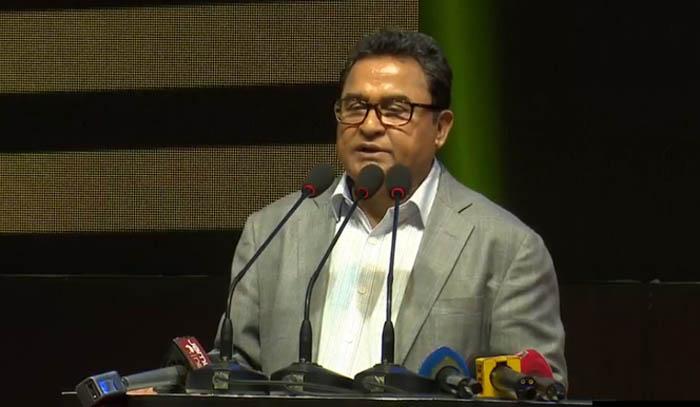 Bashundhara Group solves country's bitumen problem: Kamal