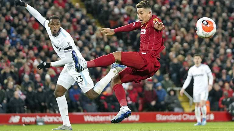 Liverpool sink West Ham for record-equalling 18th successive win