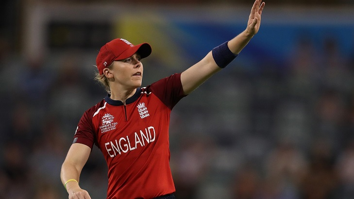 Knight hits first ton of T20 World Cup as England cruise to win