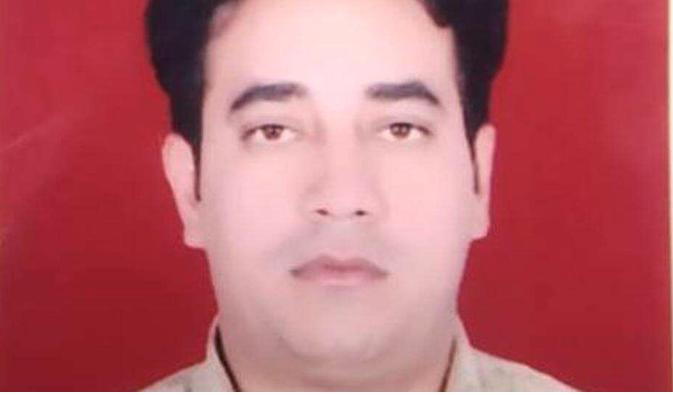 Intelligence officer killed in mob attack in Delhi