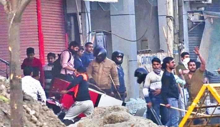 27 killed in Delhi riots