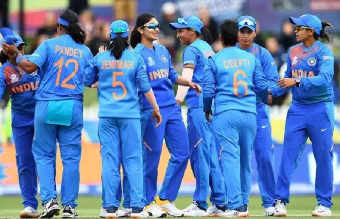 India move into semifinals after winning T20 thriller against New Zealand