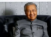 Malaysian king summons Mahathir Mohamad, who's keen to become PM again
