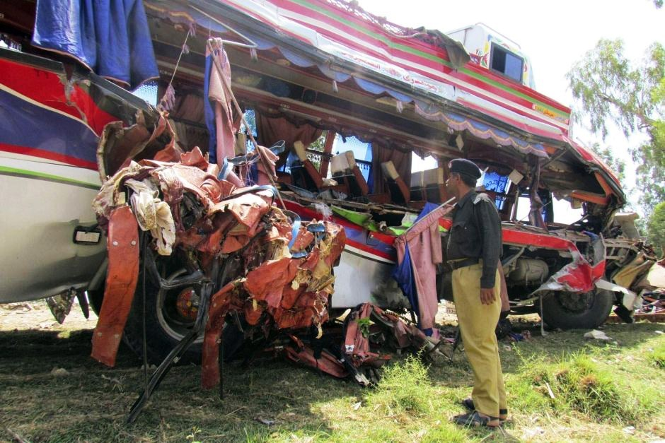 Death toll of Pakistan's train-bus collision rises to 30: official