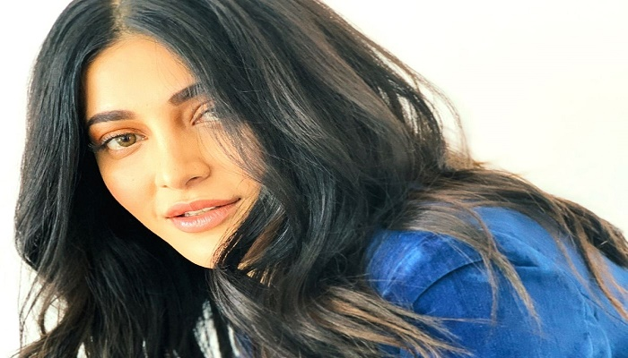 Shruti Haasan slams body-shaming, admits undergoing plastic surgery