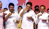 On stage, Indian ministers eat chicken to dispel coronavirus fears