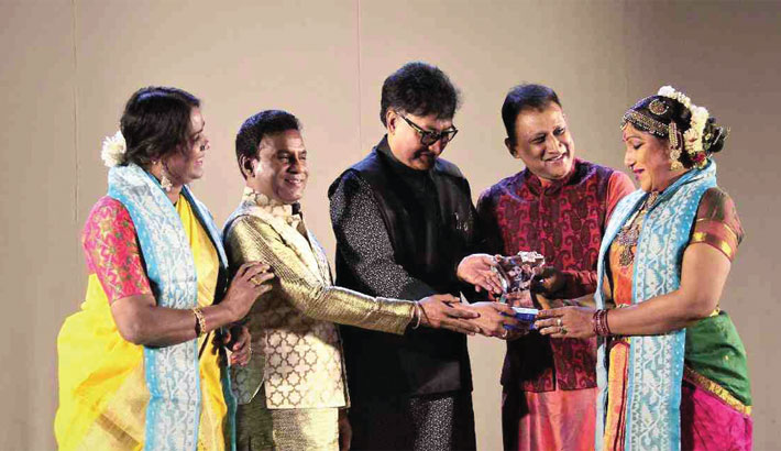 Dancer Dr Narthaki  Nataraj honoured