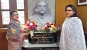 Rehana, Saima  pay homage to  Bangabandhu  at Baker Hostel  in Kolkata
