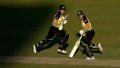 South Africa win toss and bowl as rain abates for T20 semi-final