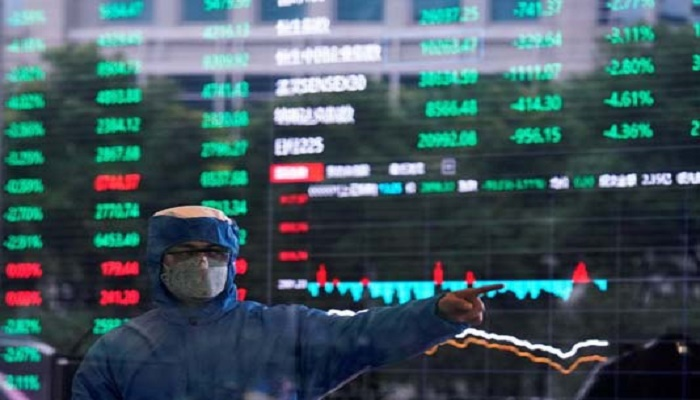 Asian markets plunge, yen and gold rally as virus fears mount