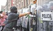 Virus fears, violence hit Int'l Women's  Day rallies