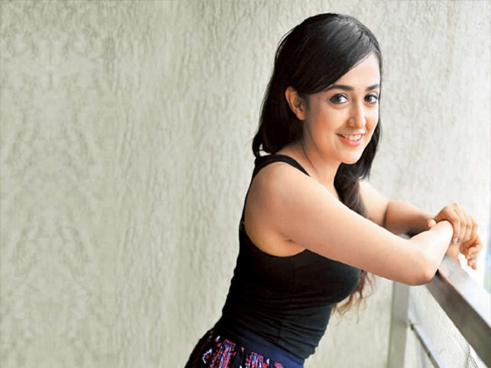 Monali Thakur unable to fly home from Switzerland