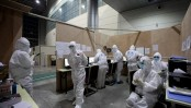 Moscow workers race to finish 'Chinese-inspired' virus hospital