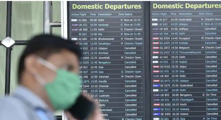 Indian govt bans domestic flights from Tuesday midnight