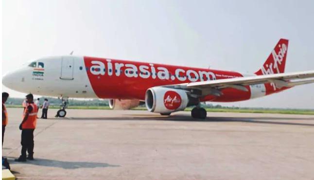 Suspected COVID-19 passengers on board, pilot exits AirAsia cockpit window