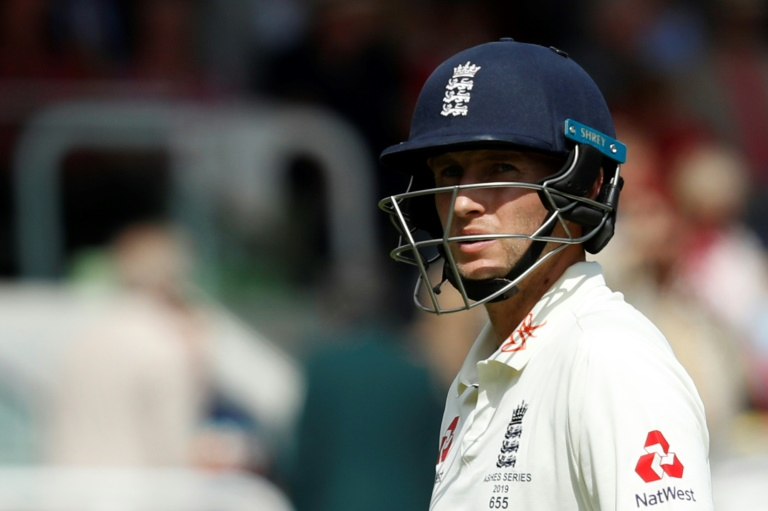 Coronavirus leaves English cricket facing uncertain season