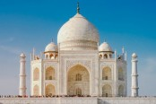 8 Taj Mahal facts including the tragic reason why it was built in the first place