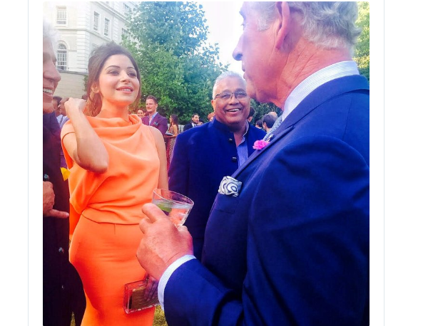 Both Kanika Kapoor and Prince Charles covid-19 positive, in one frame