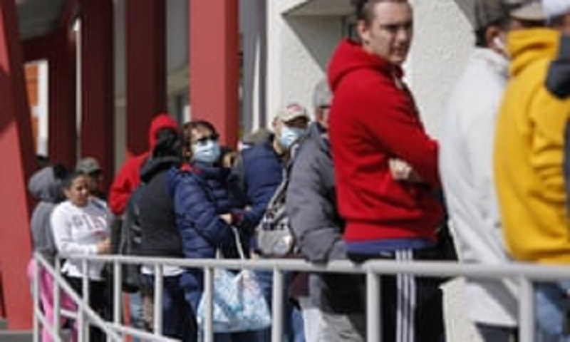 Coronavirus: Record number of Americans file for unemployment