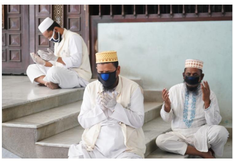Coronavirus scare: Attendance at mosques during Jum'a falls