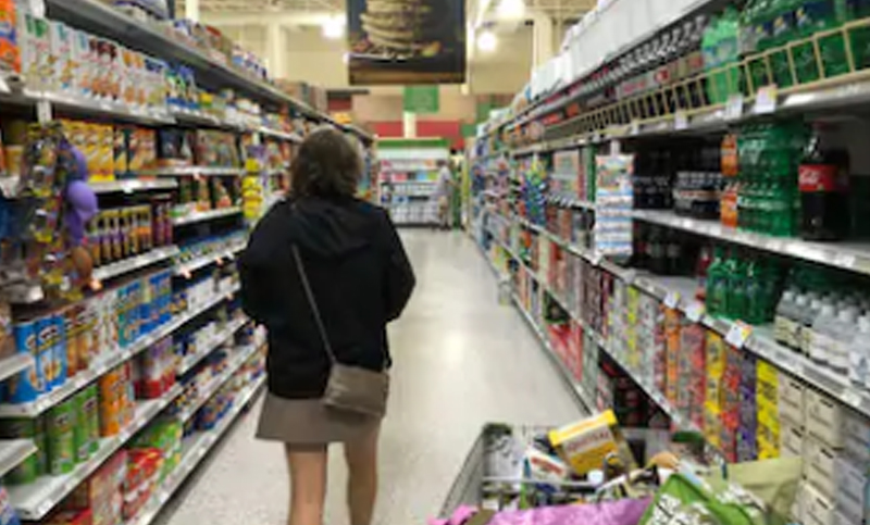 Supermarket throws out $35,000 of food due to customer's sneeze