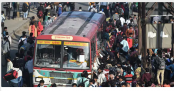 Indian authorities send buses to take unemployed to villages