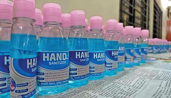 Fighting Corona - students make sanitisers, distribute for free