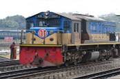 4 killed as train rams auto-rickshaw in Rangpur