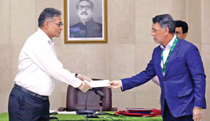 Summit Group donates  Tk 3cr to PM's  relief fund