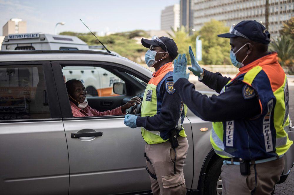 South Africa plans mass screening to tackle coronavirus