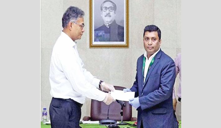 Unique Hotel donates Tk 20m to PM's relief fund