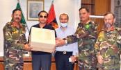 Bashundhara Group provides PPE, masks for DGMS