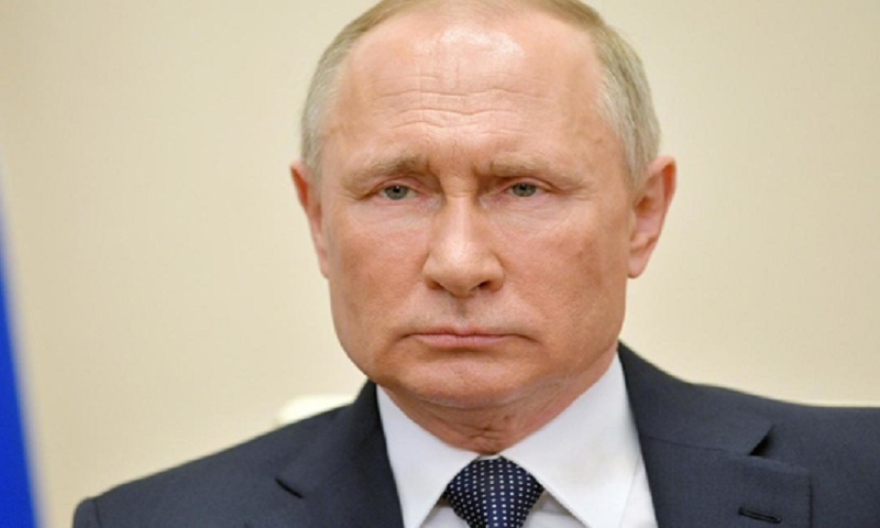 Russia ready to cooperate on cutting oil production: Putin